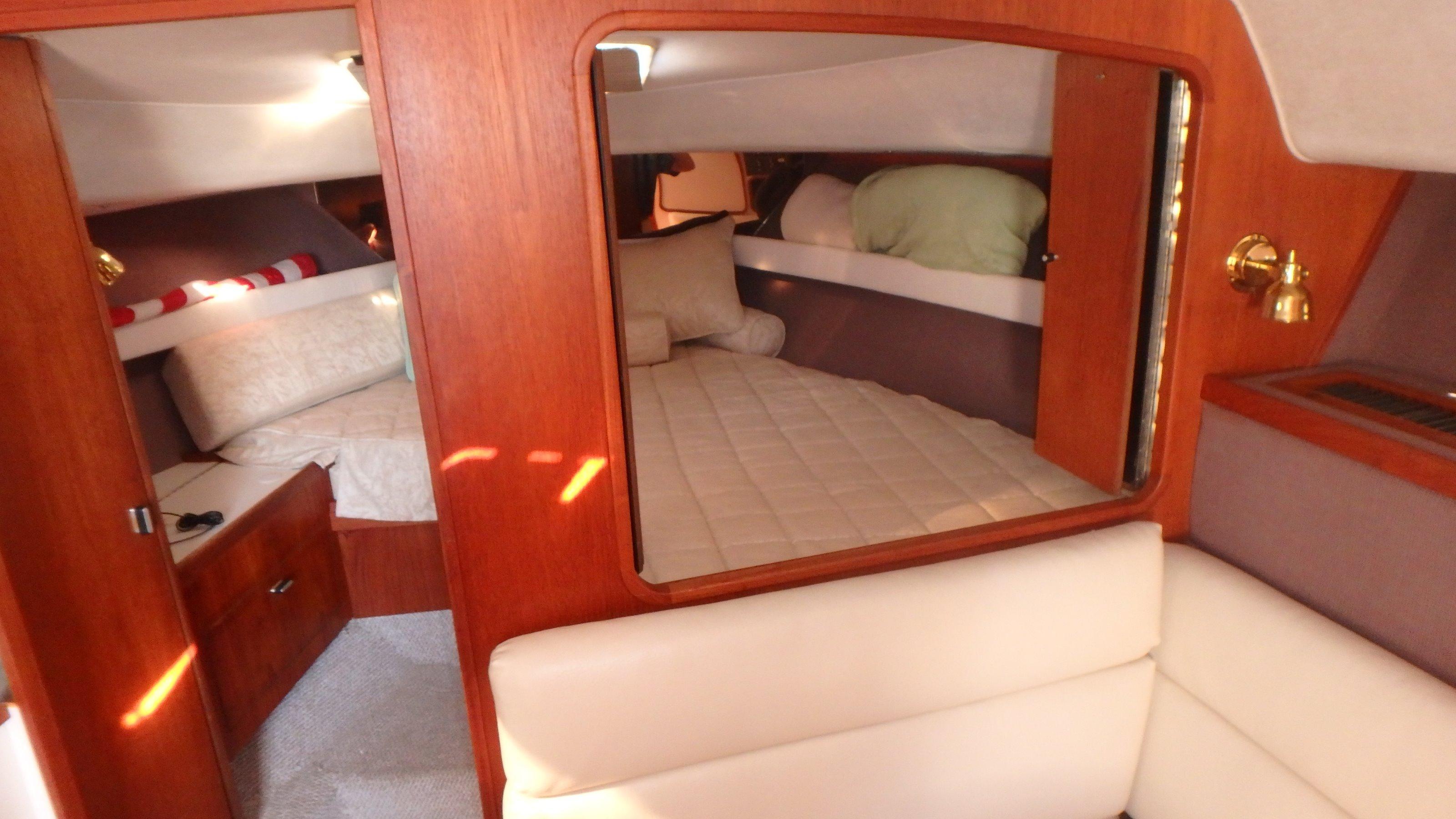 Tiara Yachts 3100 Tower - Photo: #8