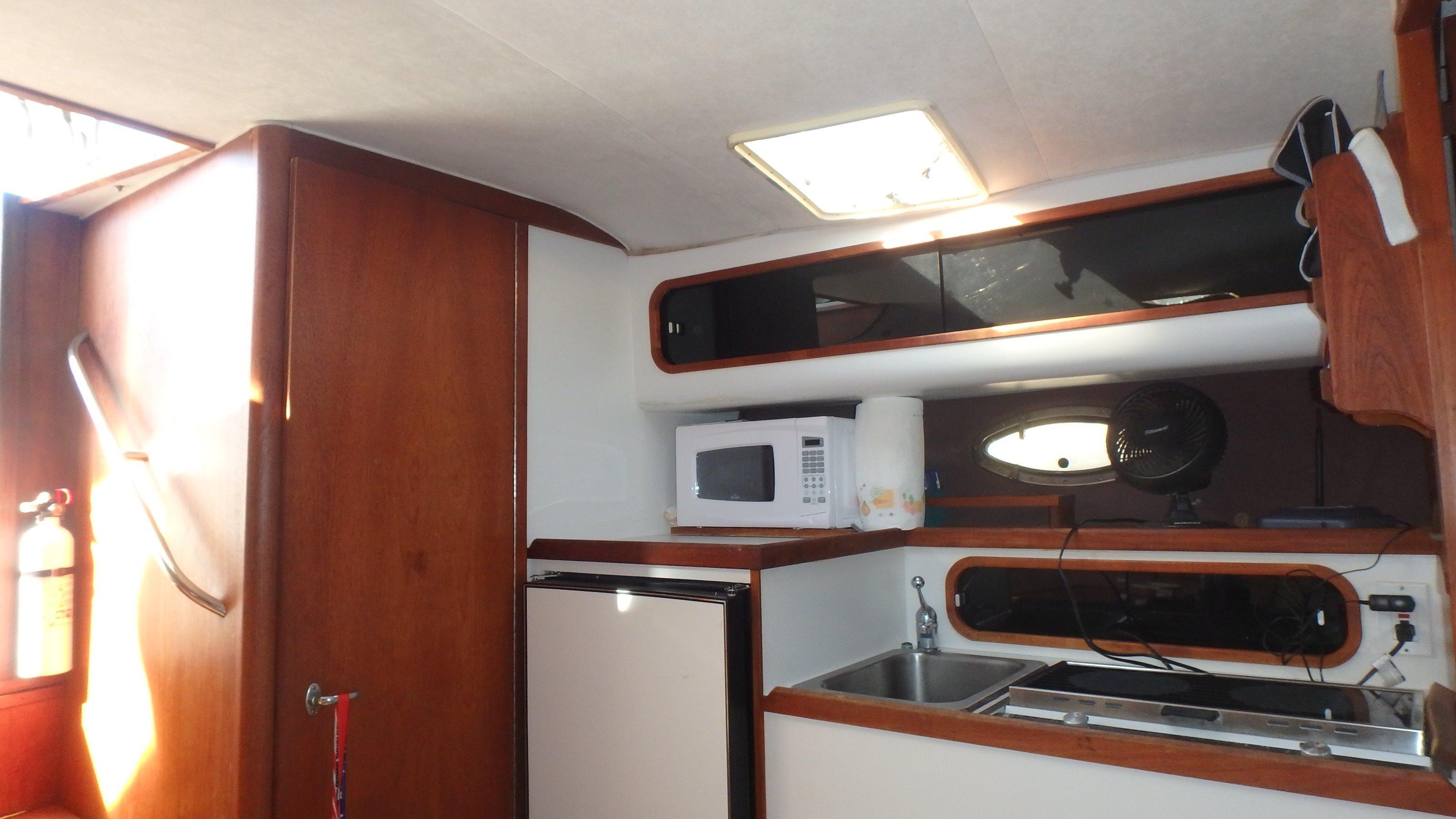 Tiara Yachts 3100 Tower - Photo: #15