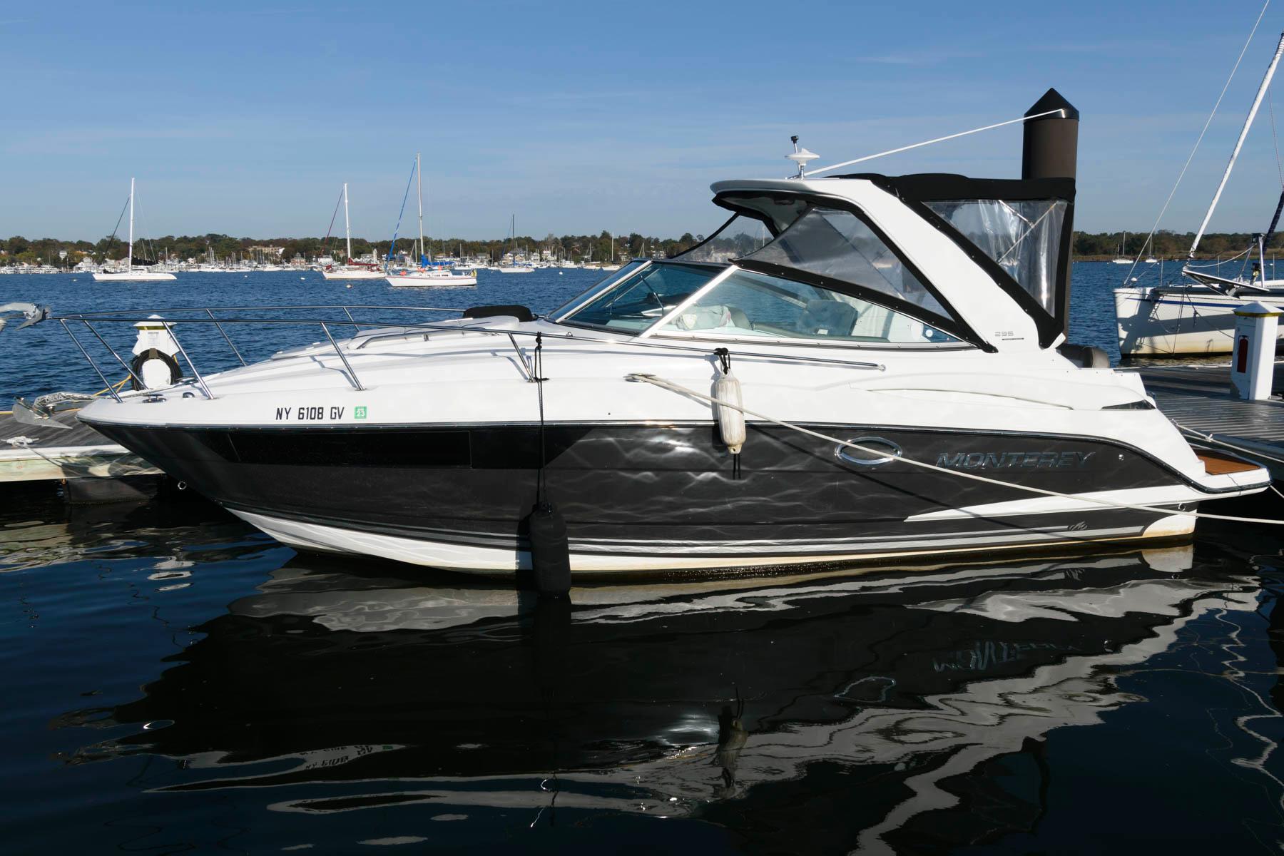 NY 5765 SF Knot 10 Yacht Sales