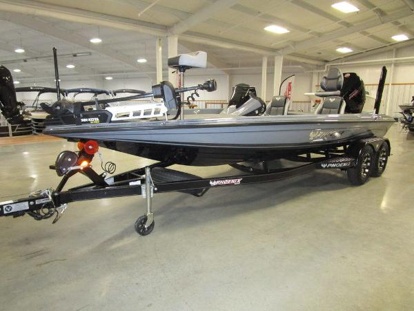 2021 Phoenix boat for sale, model of the boat is 721 ProXP & Image # 2 of 54