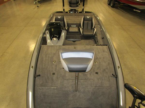 2021 Phoenix boat for sale, model of the boat is 721 ProXP & Image # 16 of 54