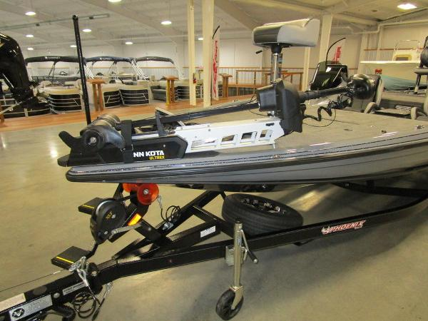 2021 Phoenix boat for sale, model of the boat is 721 ProXP & Image # 18 of 54