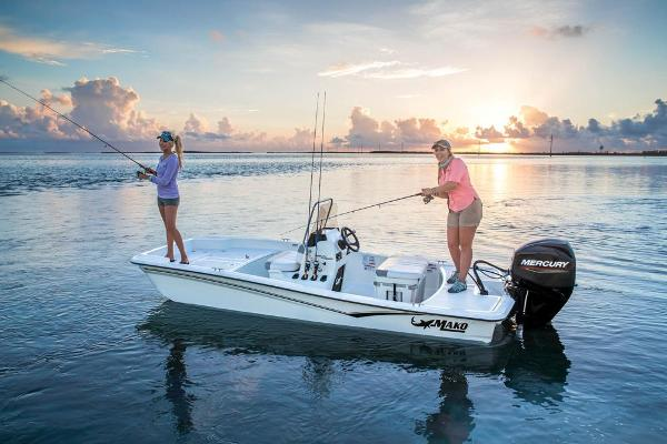 2021 Mako boat for sale, model of the boat is Pro Skiff 15 CC & Image # 3 of 48