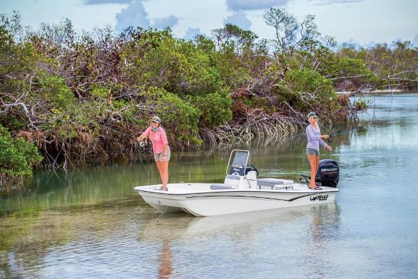 2021 Mako boat for sale, model of the boat is Pro Skiff 15 CC & Image # 6 of 48