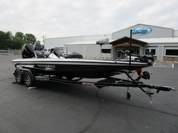 2021 Phoenix boat for sale, model of the boat is 721 ProXP & Image # 2 of 48