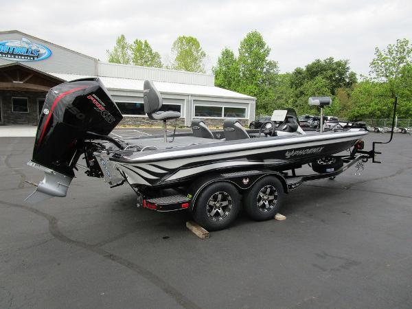 2021 Phoenix boat for sale, model of the boat is 721 ProXP & Image # 3 of 48