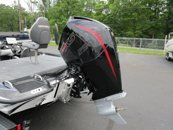 2021 Phoenix boat for sale, model of the boat is 721 ProXP & Image # 12 of 48