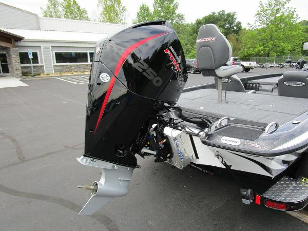 2021 Phoenix boat for sale, model of the boat is 721 ProXP & Image # 13 of 48