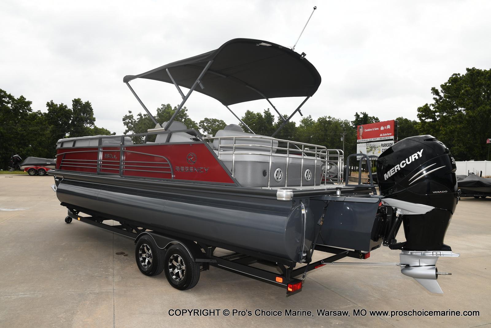 2021 Regency boat for sale, model of the boat is 250 LE3 Sport & Image # 18 of 25