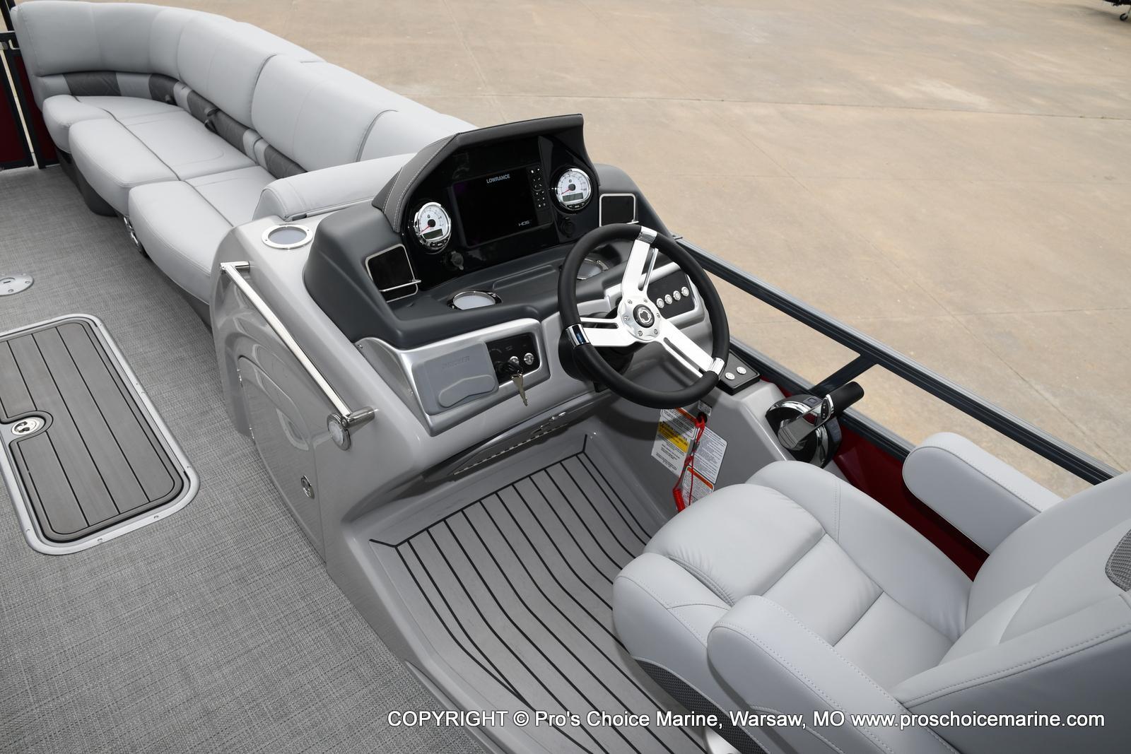 2021 Regency boat for sale, model of the boat is 250 LE3 Sport & Image # 4 of 25