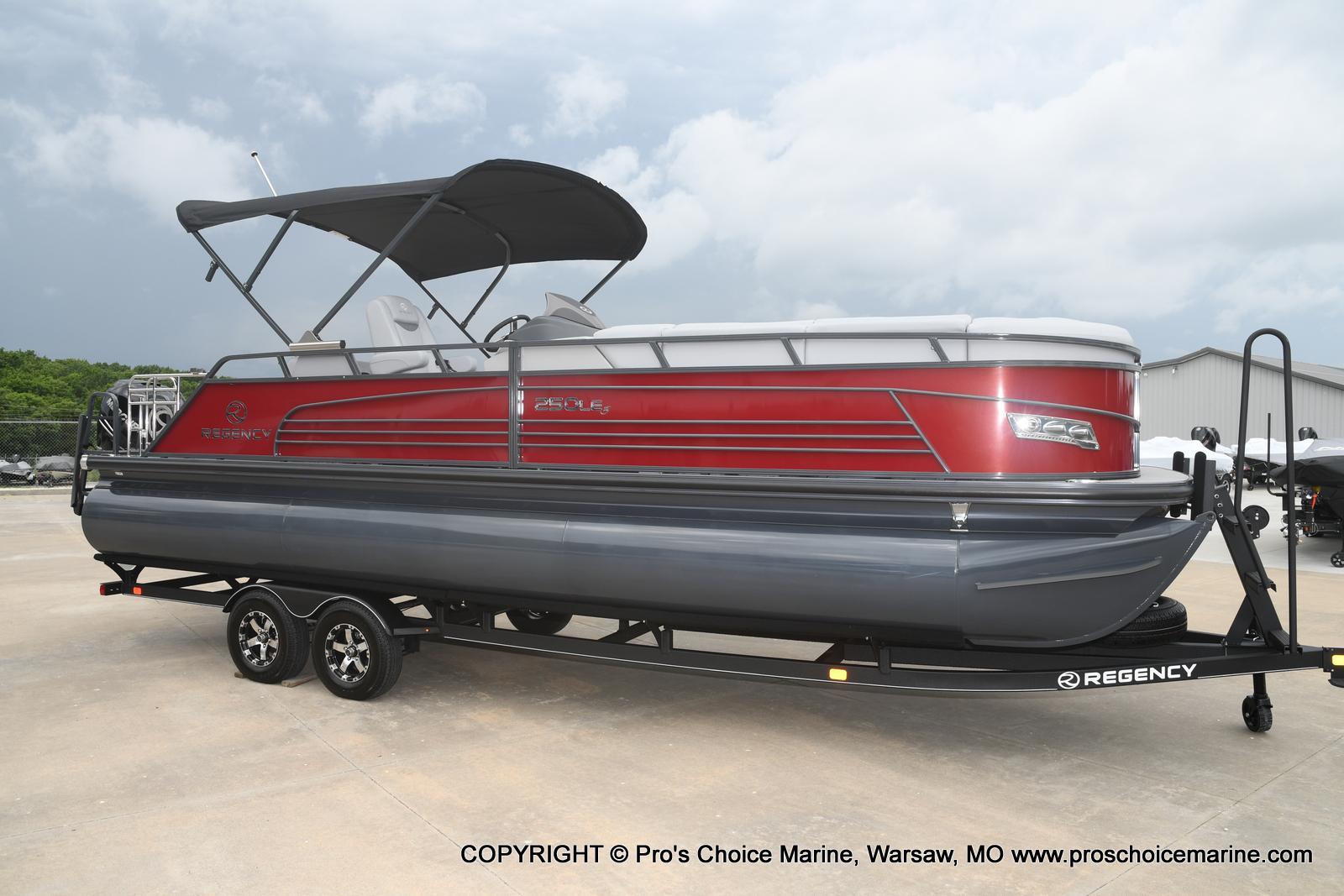 2021 Regency boat for sale, model of the boat is 250 LE3 Sport & Image # 6 of 25