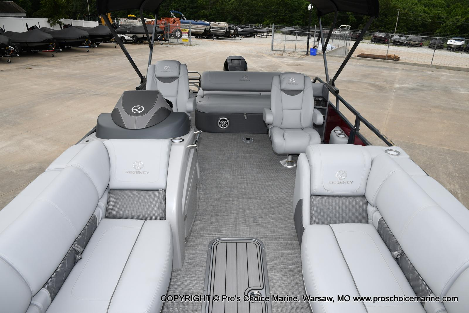 2021 Regency boat for sale, model of the boat is 250 LE3 Sport & Image # 19 of 25