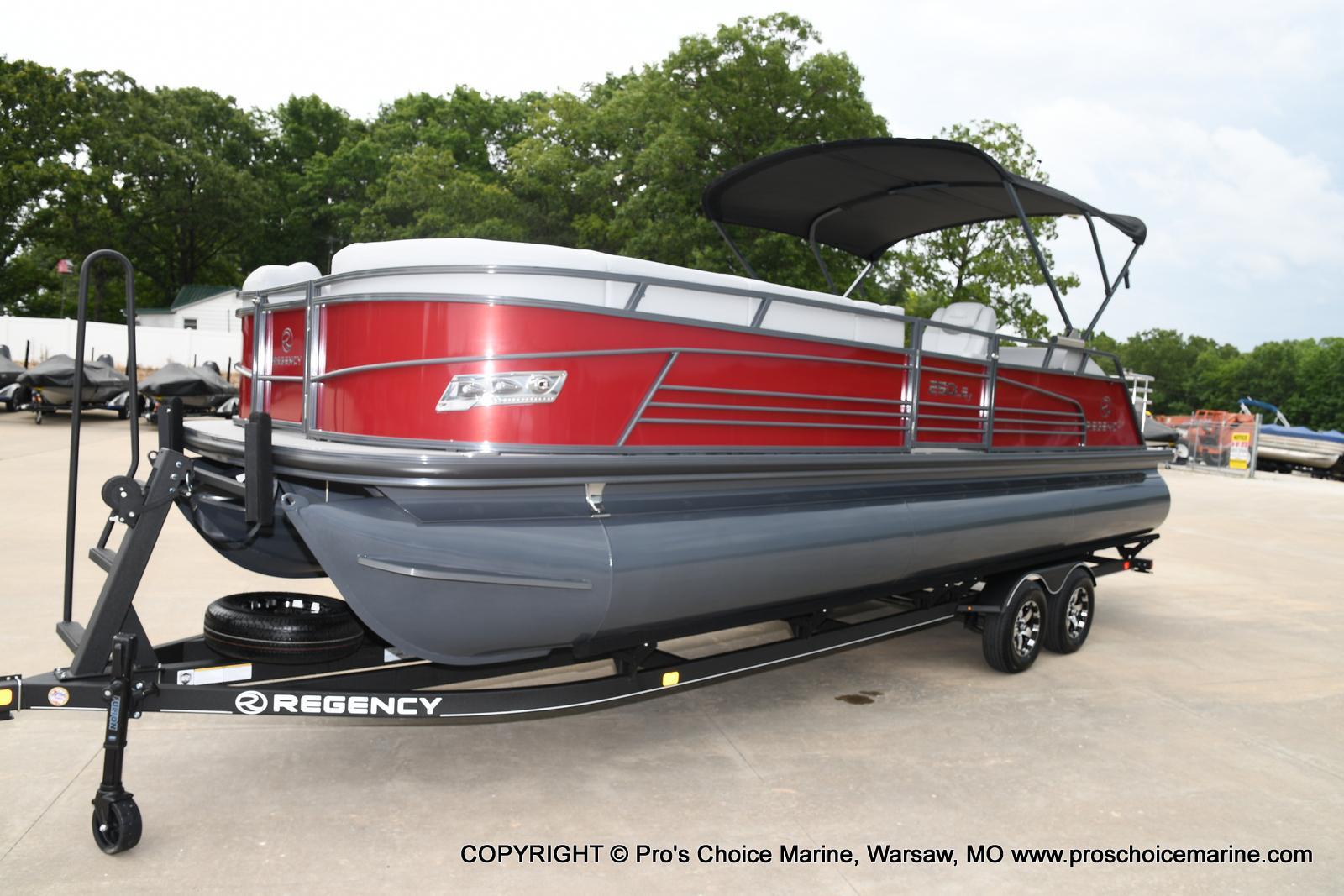 2021 Regency boat for sale, model of the boat is 250 LE3 Sport & Image # 23 of 25