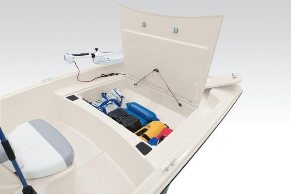 2021 Mako boat for sale, model of the boat is Pro Skiff 17 CC & Image # 37 of 48