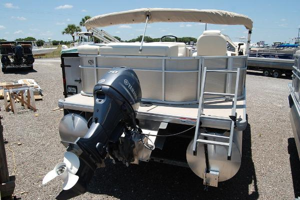 2018 Sweetwater boat for sale, model of the boat is SW 2086F & Image # 5 of 9