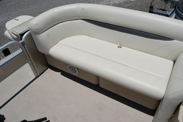 2018 Sweetwater boat for sale, model of the boat is SW 2086F & Image # 8 of 9