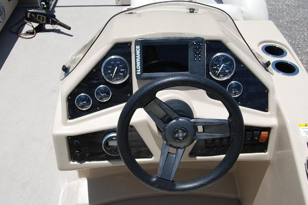 2018 Sweetwater boat for sale, model of the boat is SW 2086F & Image # 9 of 9