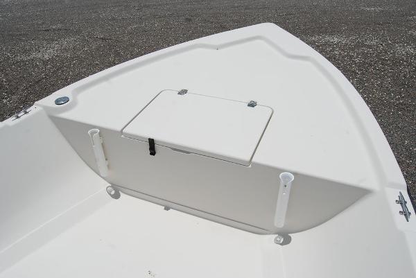 1999 Pathfinder boat for sale, model of the boat is 1806V & Image # 8 of 11
