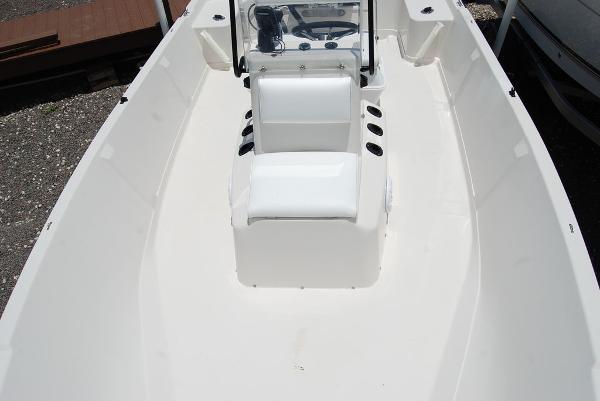 1999 Pathfinder boat for sale, model of the boat is 1806V & Image # 9 of 11