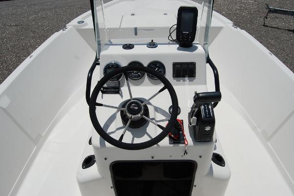 1999 Pathfinder boat for sale, model of the boat is 1806V & Image # 11 of 11