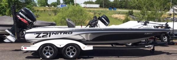 2018 Nitro boat for sale, model of the boat is Z21 & Image # 1 of 14