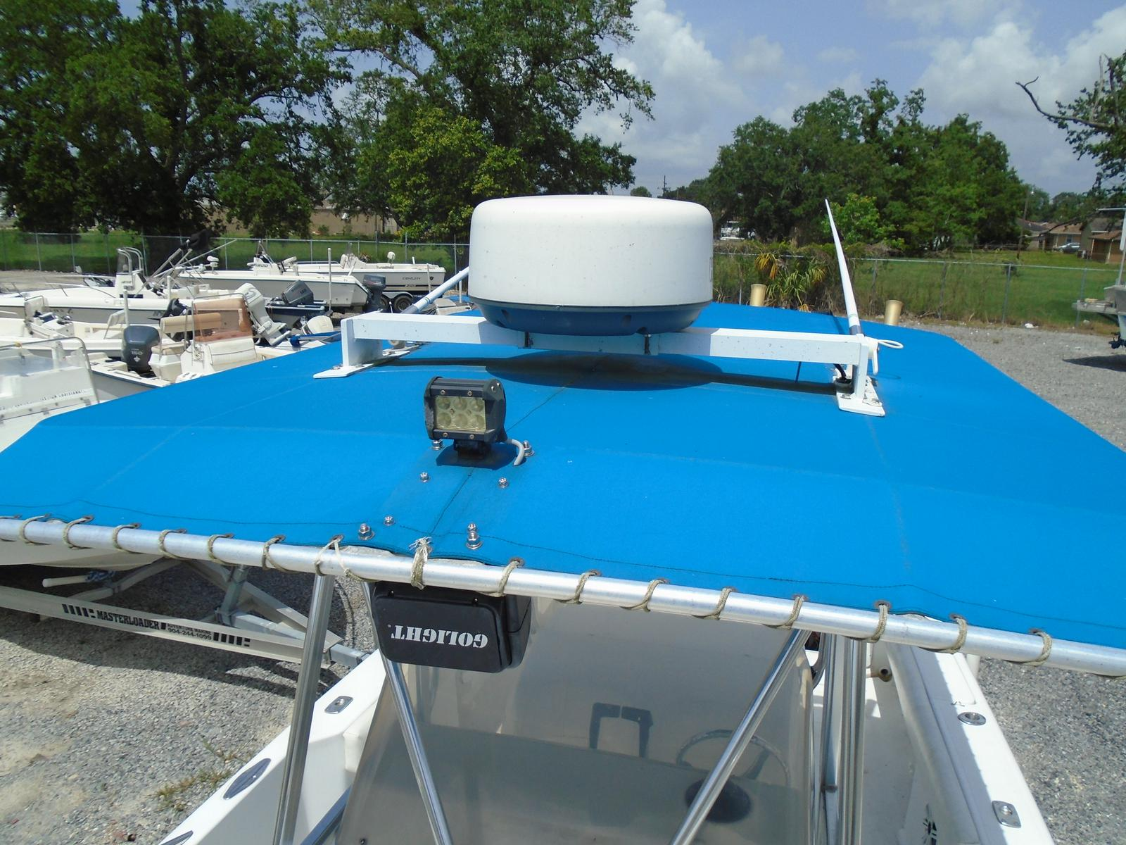 1999 Pro-Line boat for sale, model of the boat is 3000 Sport Cuddy & Image # 10 of 13