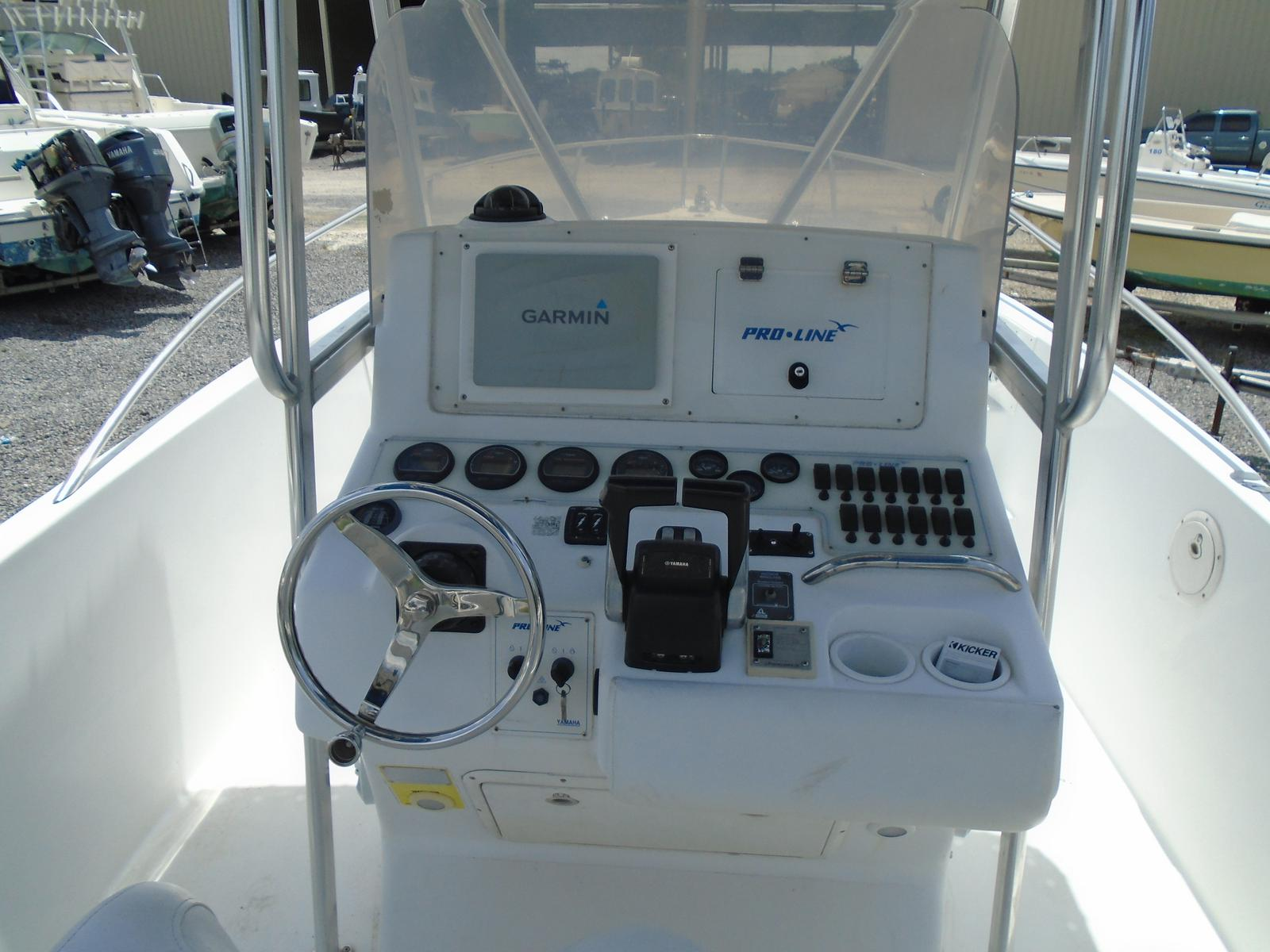1999 Pro-Line boat for sale, model of the boat is 3000 Sport Cuddy & Image # 13 of 13