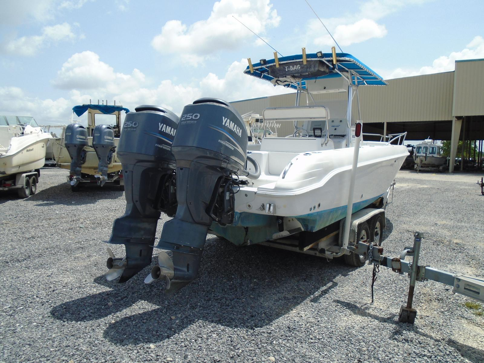 1999 Pro-Line boat for sale, model of the boat is 3000 Sport Cuddy & Image # 3 of 13