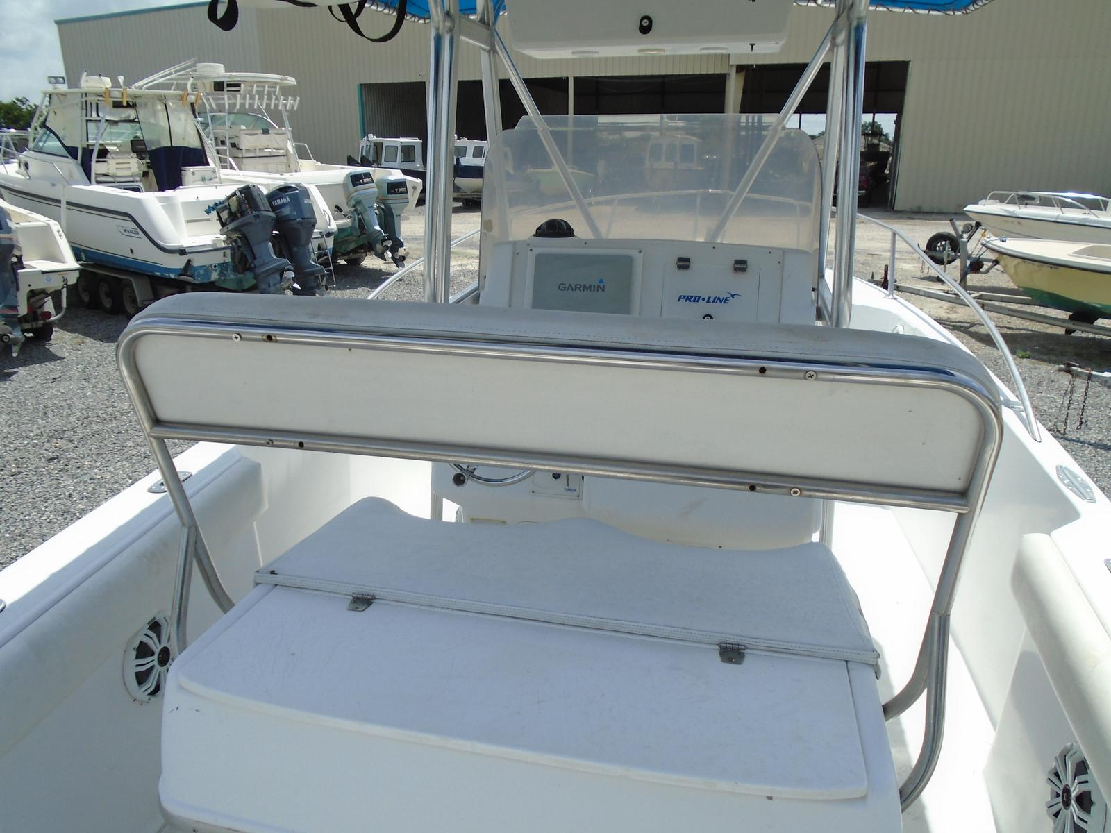 1999 Pro-Line boat for sale, model of the boat is 3000 Sport Cuddy & Image # 5 of 13