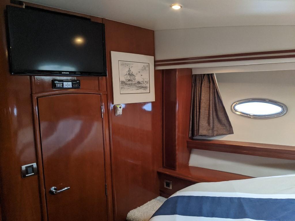 Carver 56 Voyager SE - VIP Stateroom