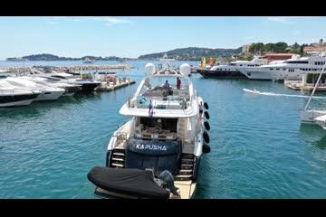Sunseeker 88 Yacht video