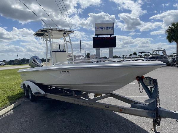 2008 ShearWater boat for sale, model of the boat is 2400 Bay & Image # 4 of 10
