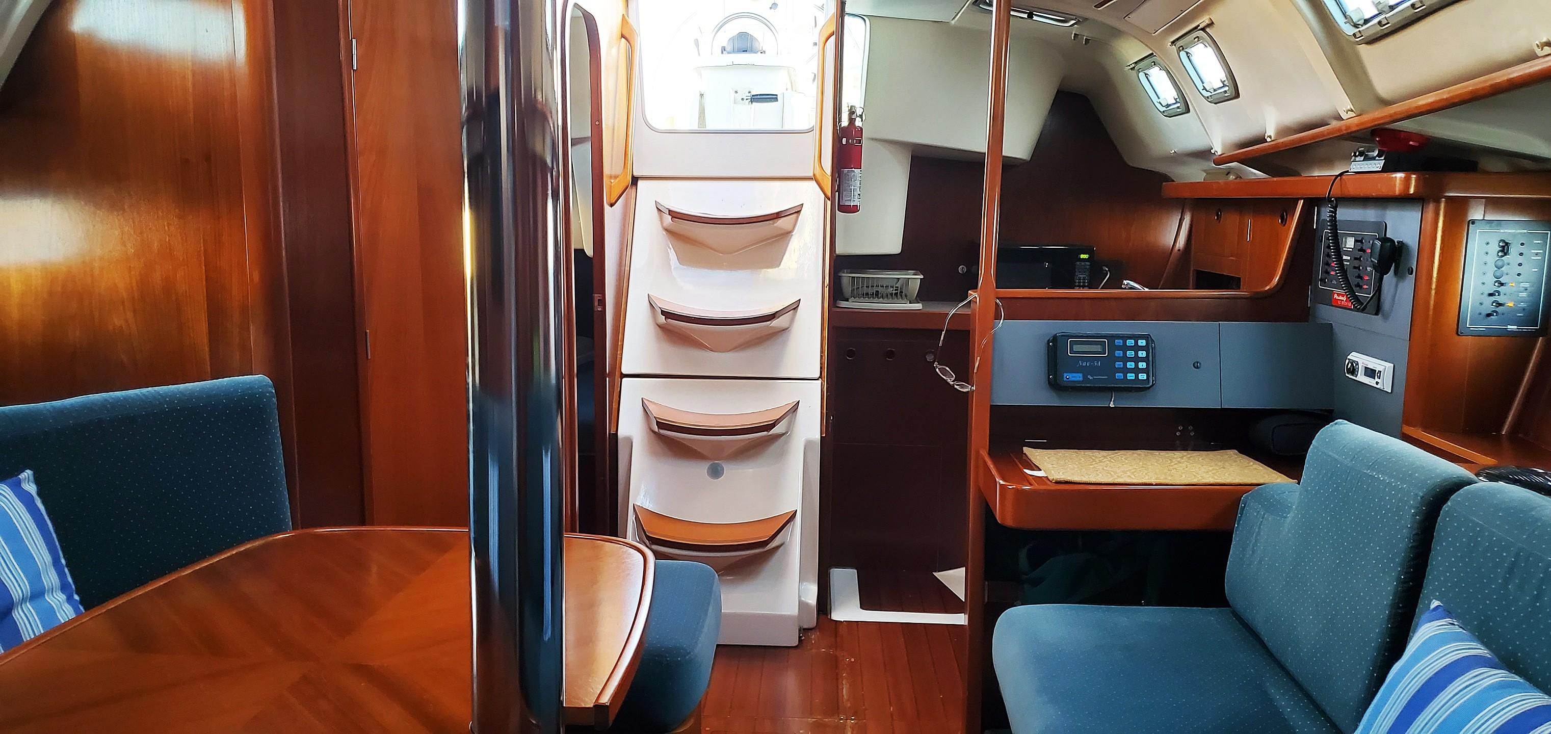 Salon View from Fwd Cabin