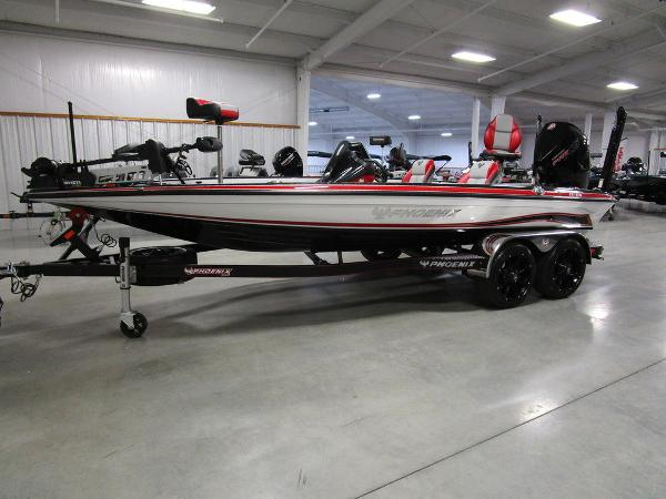2021 Phoenix boat for sale, model of the boat is 920 Elite & Image # 5 of 58