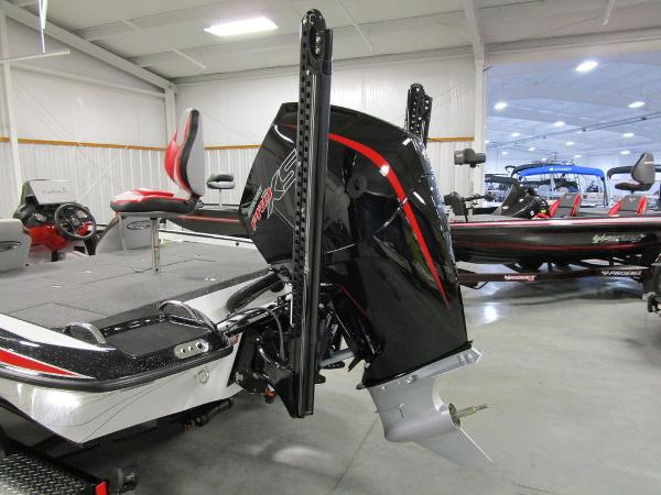 2021 Phoenix boat for sale, model of the boat is 920 Elite & Image # 6 of 58