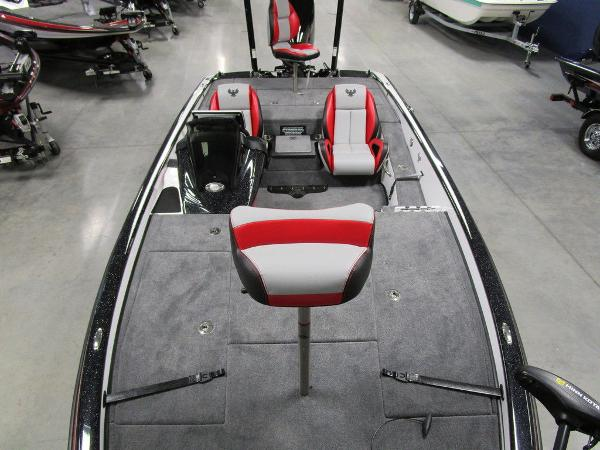 2021 Phoenix boat for sale, model of the boat is 920 Elite & Image # 32 of 58