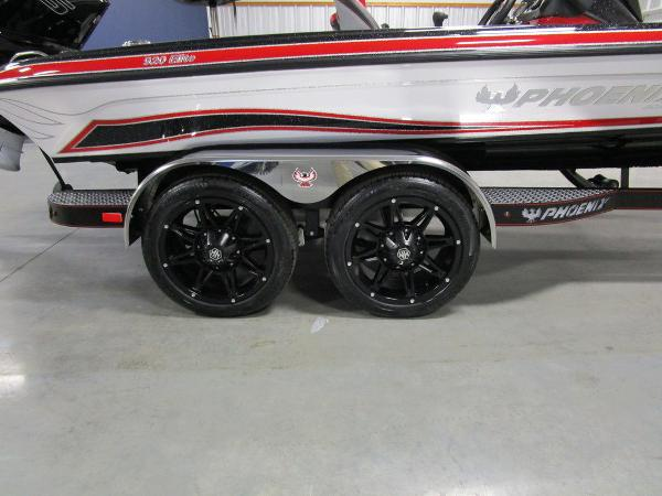 2021 Phoenix boat for sale, model of the boat is 920 Elite & Image # 33 of 58