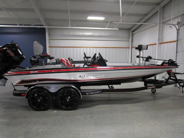 2021 Phoenix boat for sale, model of the boat is 920 Elite & Image # 44 of 58