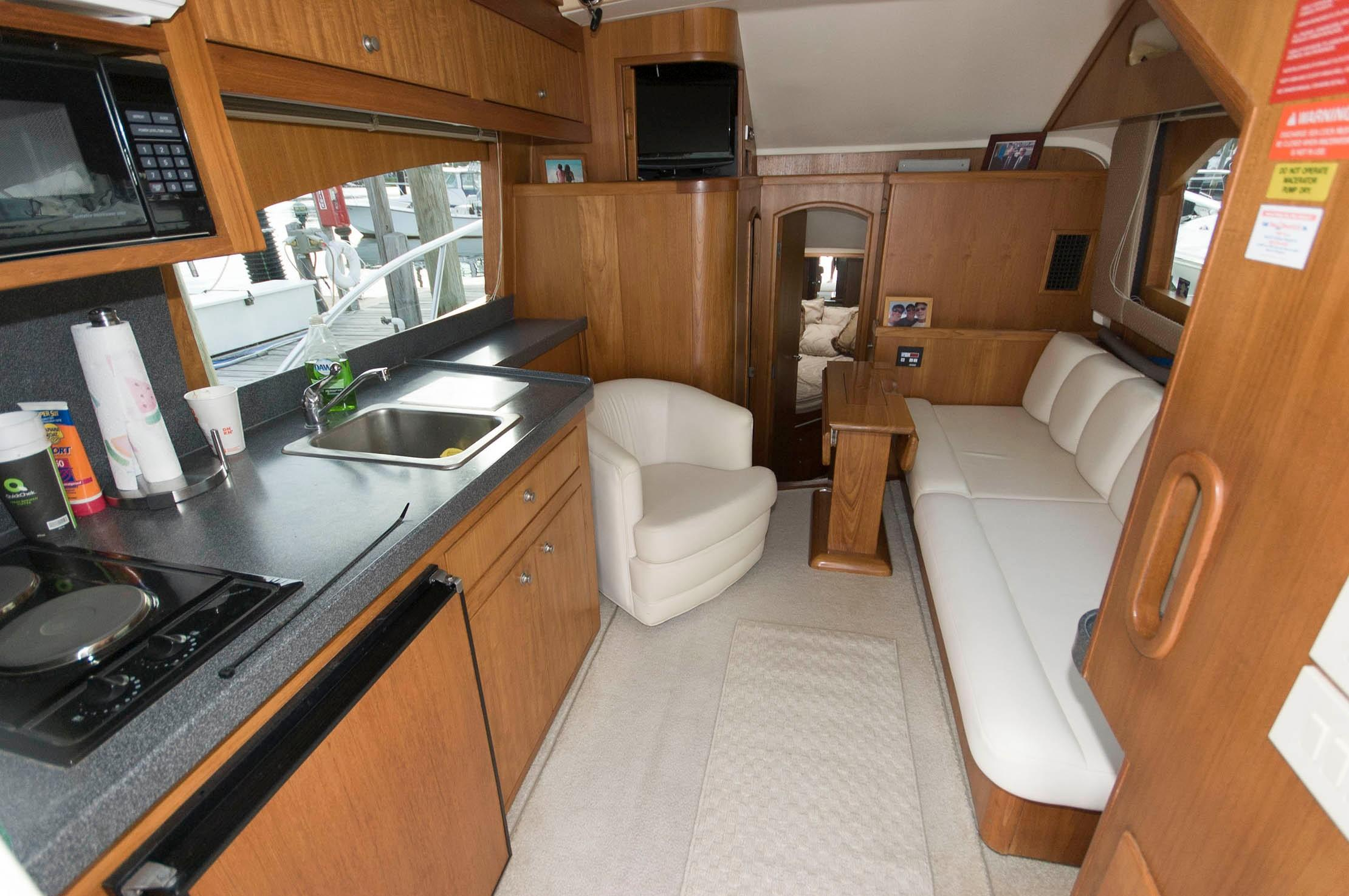 NY 5886 LK Knot 10 Yacht Sales
