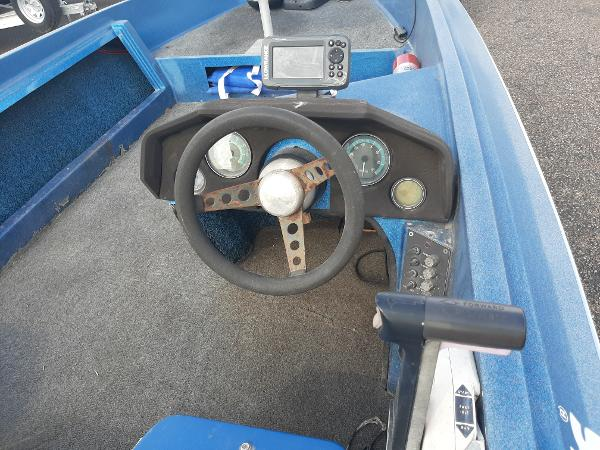 1984 Hydra-Sports boat for sale, model of the boat is VL-80 & Image # 8 of 9