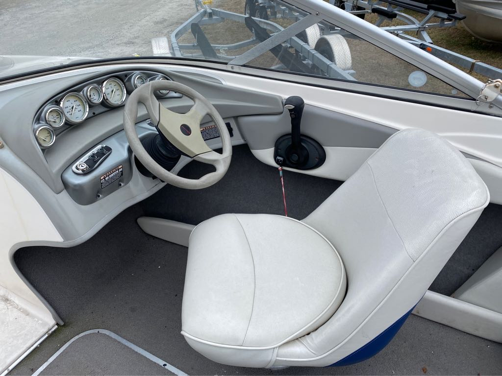 2005 Bayliner International boat for sale, model of the boat is 185 Bowrider & Image # 12 of 12