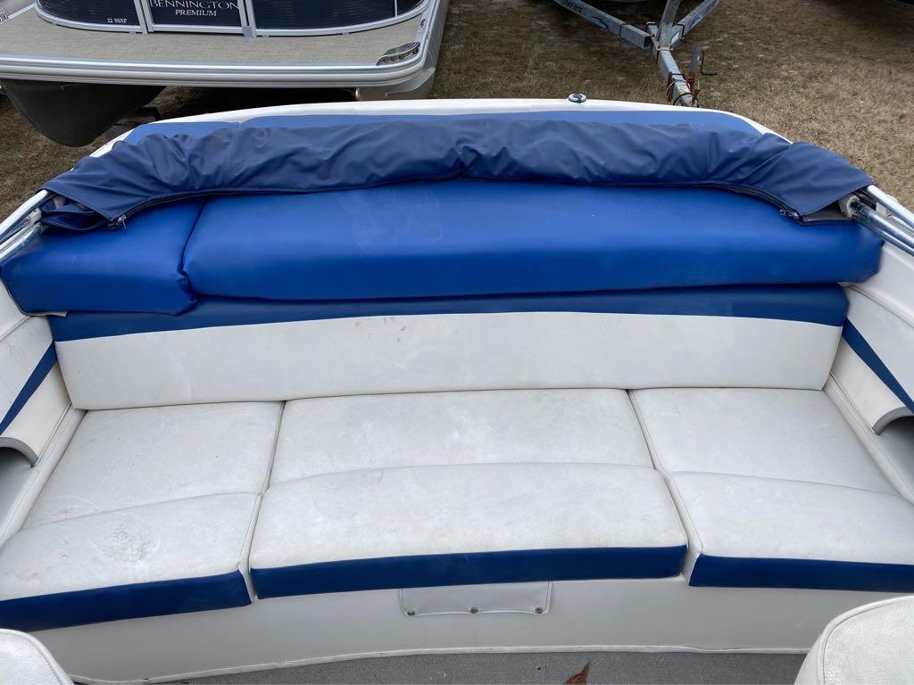 2005 Bayliner International boat for sale, model of the boat is 185 Bowrider & Image # 4 of 12
