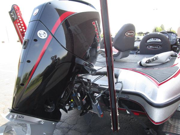 2020 Triton boat for sale, model of the boat is 21 TRX & Image # 11 of 15