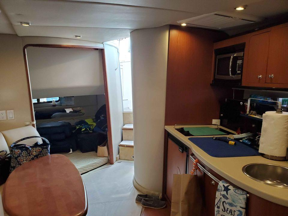 NY 6325 SF Knot 10 Yacht Sales