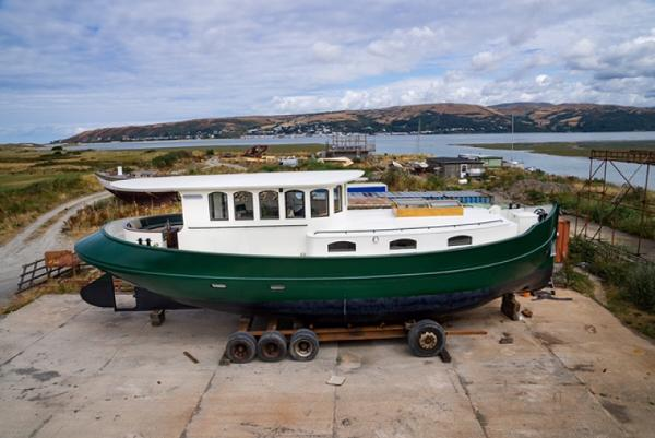Barge_49_Barge_Yacht_New_Build