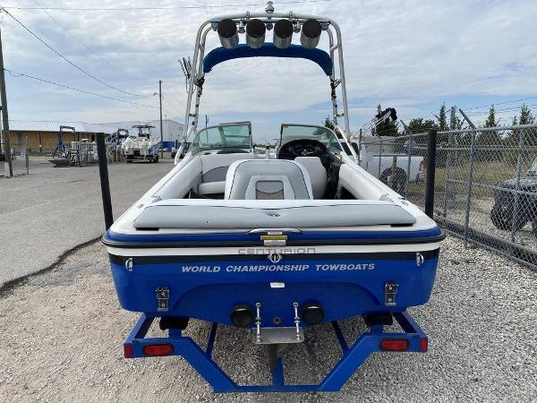 2004 Centurion boat for sale, model of the boat is T5 & Image # 2 of 8