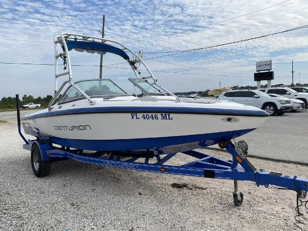 2004 Centurion boat for sale, model of the boat is T5 & Image # 3 of 8