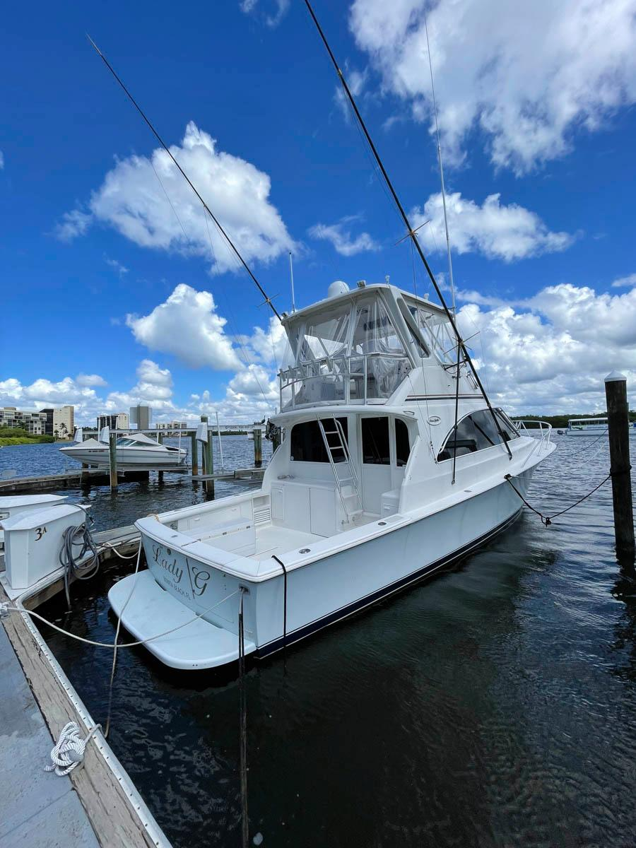 F 6570 SK Knot 10 Yacht Sales