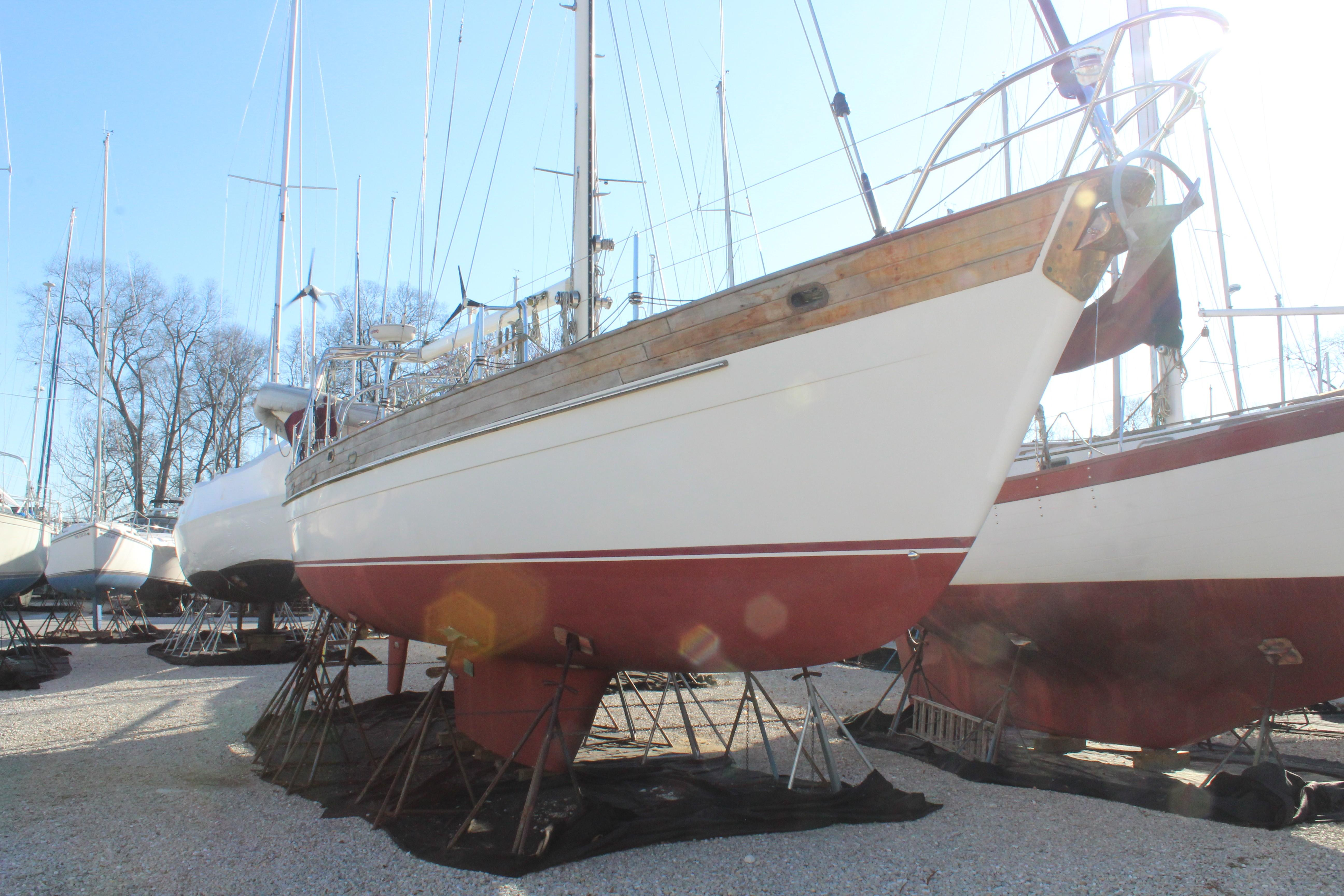 M 4055 RD Knot 10 Yacht Sales