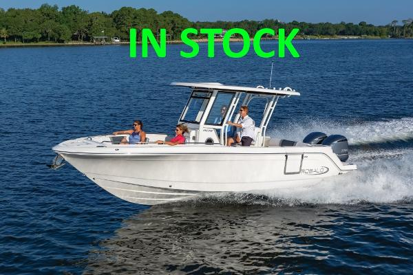 2021 Robalo R272 Center Console thumbnail